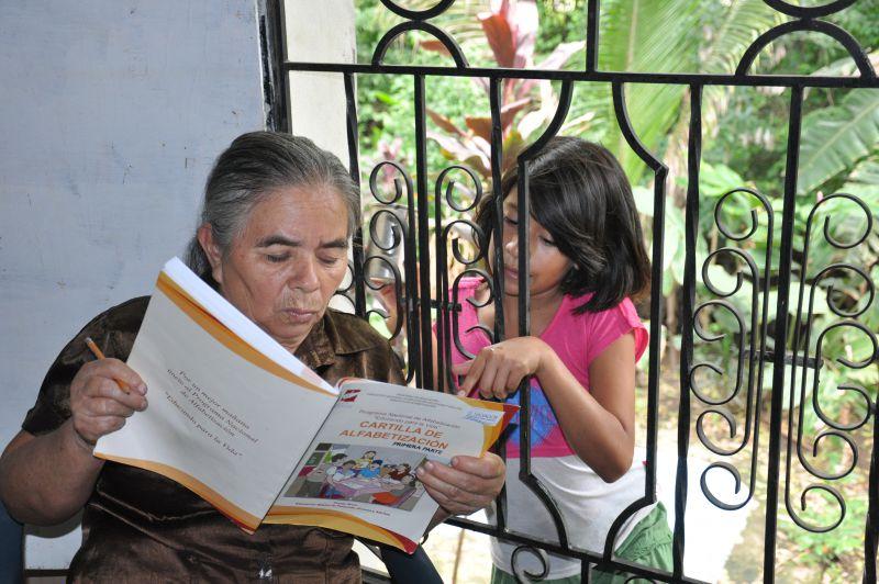 Erradicación del analfabetismo en personas jóvenes y adultas del municipio de Ciudad Arce, departamento de La Libertad, El Salvador
