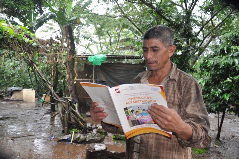 Erradicación del analfabetismo en personas jóvenes y adultas del municipio de Concepción de Ataco, departamento de Ahuachapán, El Salvador